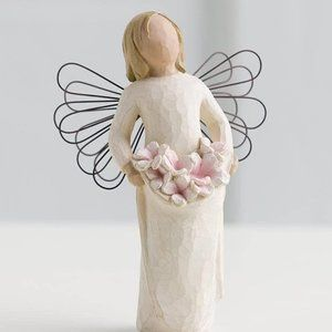 Willow Tree Angel of Spring Figurine Bouquet NIB